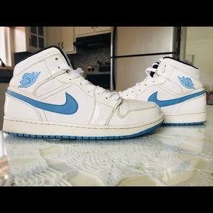 Jordan 1s Legend Blue !
